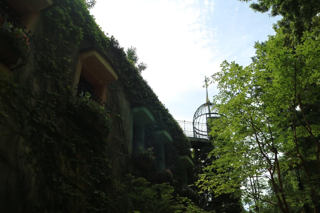 ジブリ美術館の外観 側面